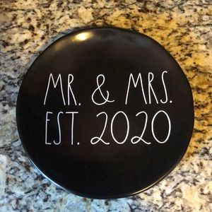 MR. & MRS.  EST.  2020 serving plate